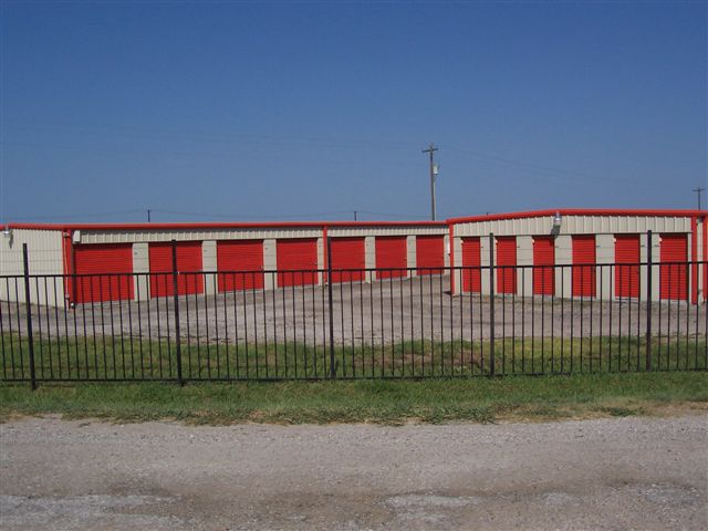 Three things every self storage facility must offer